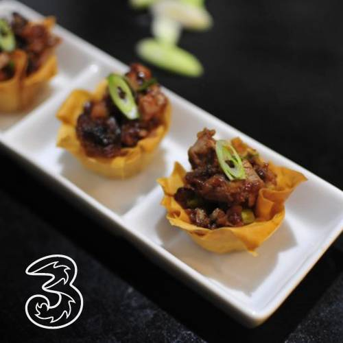 ocktails and canapés masterclass with 3  Mobile
