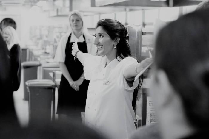 kumud gandhi, author of a cupbaord full of spices, founder and ceo of the cooking academy, food scientist, motivational speaker, business women, bbc broadcaster radio televison chef rickamsnowrth team building events